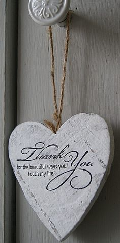 Double Layer Solid Wood Hanging Shabby Chic Love Heart /' I love you Mum /'