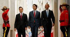 De izquierda a derecha, los presidentes Enrique Pena Nieto, Justin Trudeau y Barack Obama a su llegada a la cumbre trilateral en Ottawa (Canadá).