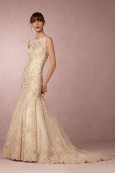 Wedding Dresses with Feminine Silhouettes - MODwedding