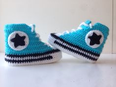Blue baby shoes Converse crochet