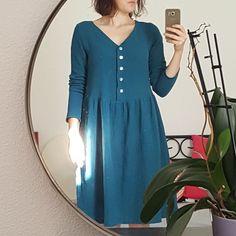 """robe """"it-miroir"""" hackée à partir de la it-robe! En double gaze Blue duck…»"""
