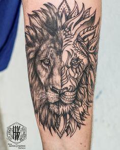 lion manadala back tattoo - Ecosia Lion Forearm Tattoos, Tattoos 3d, 1 Tattoo, Chest Tattoo, Trendy Tattoos, Animal Tattoos, Body Art Tattoos, Tattoos For Guys, Cool Tattoos