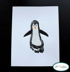 Footprint Penguins {Preschool Crafts} Your little ones will love making this adorable Footprint Penguin preschool craft. Kids Crafts, Cute Crafts, Toddler Crafts, Crafts To Do, Preschool Crafts, Arts And Crafts, Party Crafts, Free Preschool, Christmas Crafts
