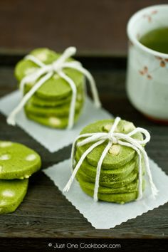 Green Tea and White Chocolate Cookies