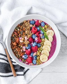 Summer Berry Protein Smoothie Bowl #smoothiebowlrecipe