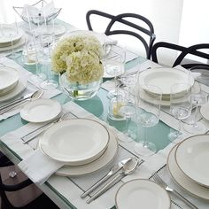 """All white tablesetting #white #tablesetting #tabletop #tablescape #entertain #party #styling #style #decorating #decor #tableware #finechina #silverware…"""