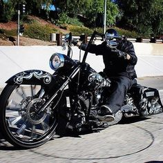 Harley Davidson News – Harley Davidson Bike Pics Harley Bagger, Bagger Motorcycle, Harley Softail, Harley Bikes, Motorcycle Style, Harley Davidson Motorcycles, Custom Motorcycles, Custom Baggers, Custom Harleys