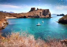 Turquoise waters in Martini Cove San Carlos Mexico