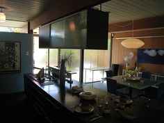 Eichler Home Tour 2009 002 by Mobro, via Flickr