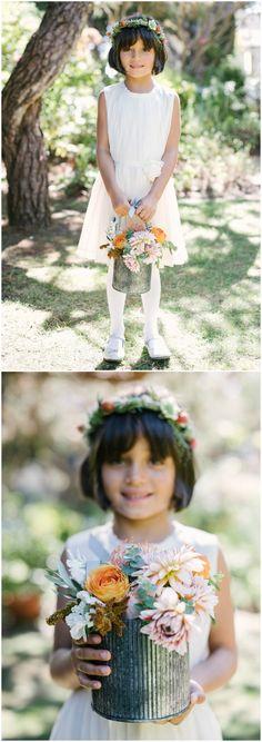 Flower girl ensemble, white cotton dress, tin pail filled with flowers, summer wedding fashion // Pictilio