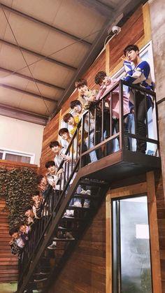 """Everyone says , thankyou treasure 13 😭 Treasure Maps, Treasure Boxes, Yg Entertainment, K Pop, Yoshi, Young K, Seventeen Wallpapers, Na Jaemin, Lucas Nct"