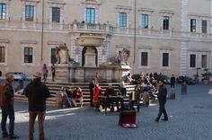 #piazzadisantamariaintrastevere #streetmusicians