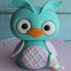 Fondant Owl by Sugar High, Inc.