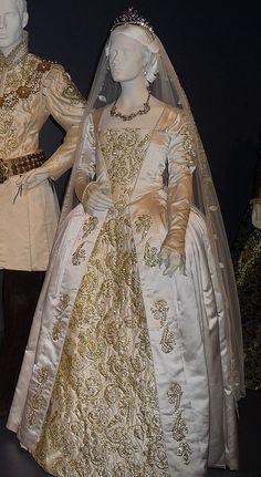 Jane Seymour's wedding dress