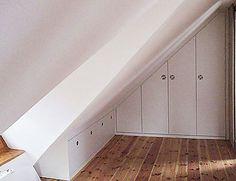 Tischlerei Boege: Einbauschrank in Dachschräge Attic Bedrooms, Bedroom Loft, Slanted Walls, Home Office Organization, My New Room, Built Ins, Interior Design Living Room, My Dream Home, Home And Living