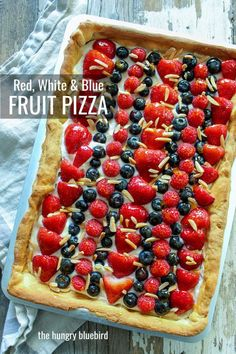 Patriotic fruit pizza squares with fresh summer berries on an almond cream cheese crust, perfect for all of summer's holidays from Memorial Day to Labor Day. Patriotic Desserts, Holiday Desserts, Holiday Baking, Holiday Fun, Holiday Recipes, Pizza Recipes, Dessert Recipes, Memorial Day Foods, Colorful Desserts