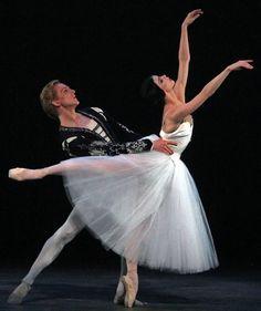 David Hallberg and Natalia Osipova in Giselle! I saw this performance!!!!!!!