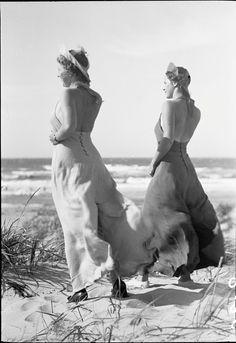 1930s beach pajamas wide leg halter top found photo 2 women windy day