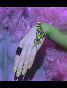 Poison Ivy jewelry and glove