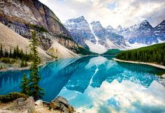 Moraine Lake, Alberta, Canada annagrodnicki