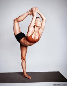dancers pose, amazing