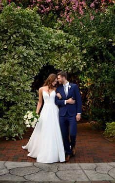 Plus Size Wedding Gowns, Wedding Dress Styles, Designer Wedding Dresses, Bridal Lace, Bridal Gowns, Essense Of Australia Wedding Dresses, Couture, Gowns With Sleeves, Wedding Dress Shopping