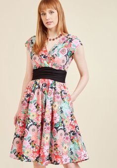 We're All Marvelous Here A-Line Dress in Garden in M - Cap Fit & Flare Knee Length by Retrolicious from ModCloth