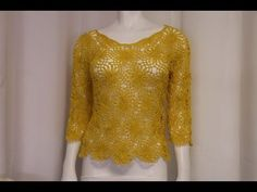Crochet Blouse With pretty flower - Pretty Ideas Poncho Au Crochet, Pull Crochet, Mode Crochet, Crochet Blouse, Crochet Lace, Crochet Tops, Crochet Bodycon Dresses, Crochet Needles, Summer Patterns
