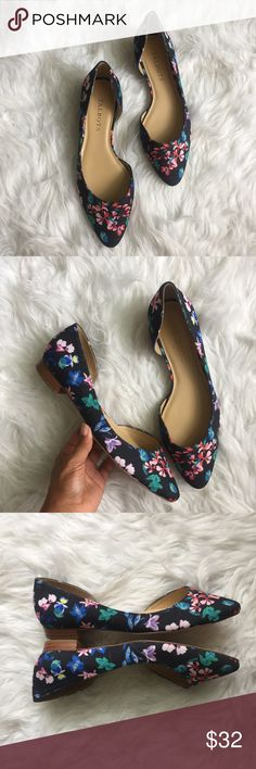 Talbots • Floral D'Orsay Flats Talbots Floral d'Orsay Flats   New! Never worn! D'Orsay style. Size 6. Talbots Shoes Flats & Loafers