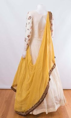 indian clothing ONLINE USA Silk brocade top with golden embroidery with matching bottom and dupatta Indian Fashion Dresses, Indian Gowns Dresses, Dress Indian Style, Indian Designer Outfits, Indian Outfits, Designer Party Wear Dresses, Kurti Designs Party Wear, Lehenga Designs, Kurta Designs