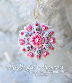 Handcrafted Polymer Clay Mini Floral Snowflake par MyJoyfulMoments