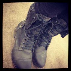 Steve Madden Boots >.< Fashion