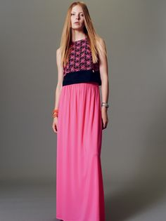 Naughty Dog SS15 Sangallo lace top and viscose crepe long skirt, ideal for your everyday chic look!