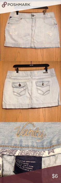 🇺🇸🇺🇸Distressed Skirt🇺🇸🇺🇸 Light blue distressed denim mini skirt Vanity Skirts Mini