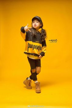na ha eun Hip Hop Outfits, Kids Outfits, Cool Outfits, Na Haeun, Cute Kids, Cute Babies, Bridal Portrait Poses, Western Girl, Blackpink Photos
