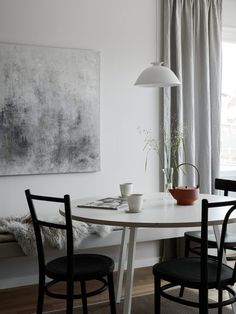 Your source for minimal, nordic & scandinavian interior design. Room Inspiration, Interior Inspiration, Pella Hedeby, Vintage Kitchen Decor, Scandinavian Home, Interior Design Living Room, Dining Table, Dining Room, Dining Area