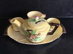 AUSTRALIAN DESIGN CARLTON WARE APPLE BLOSSOM TEA FOR ONE BREAKFAST SET Breakfast Set, Carlton Ware, Tea For One, Vintage Fashion, Vintage Style, Tea Pots, Pottery, Apple, Tableware