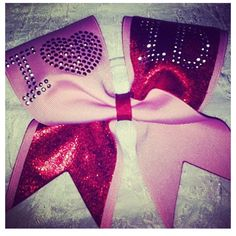 I want this 1D cheer bow !  I NEED IT!