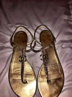 USED WOMENS GOLD GRECIAN LACE UP SANDAL BOOTS SIZE 8 and 9.5