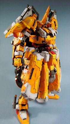 Gunpla Builders World Cup (GBWC) 2012 Singapore - The-O [Code name: Odin] Modeled by Toymaker So much customization! Gundam Toys, Gundam Art, Gundam Wing, Lego Robot, Lego Mecha, Gunpla Custom, Custom Gundam, Gi Joe, Japanese Robot