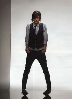 Kate Moennig. Excuse me while I swoon.