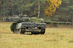 Leopard 2A6 during Saber maneuvers