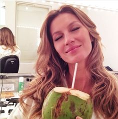 RAW FOOD RECIPES - How Gisele Bündchen and Tom Brady eat on vacation