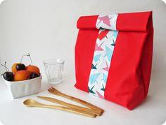 DIY - Lunch bag d'après le tuto de Petit Poulou par *Tadaam!