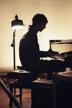 Richard Ashcroft on piano. Billy Idol, Joy Division, Radiohead, Paul Banks, Good Music, My Music, The Cure, Noel Gallagher, King Richard