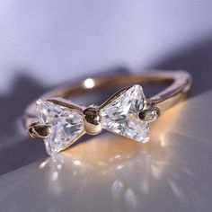 18ct FILLED GOLD BOW KNOT FRIENDSHIP RING SIZE 7