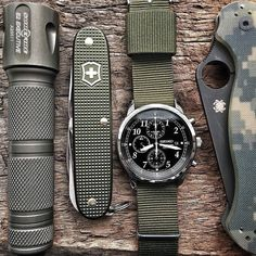 Army Watches, Watches For Men, Seiko Chrono, Army Gears, Edc Gadgets, Field Watches, Everyday Carry Gear, By Any Means Necessary, Edc Knife