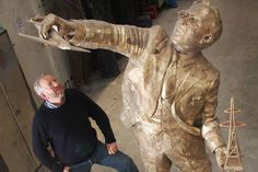 Scottish radar inventor who played vital role in winning Battle of Britain honoured with statue in home town - http://www.warhistoryonline.com/war-articles/scottish-radar-inventor-who-played-vital-role-in-winning-battle-of-britain-honoured-with-statue-in-home-town.html