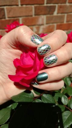 Renaissance with Venice accent http://AshleysJAMtasticNails.jamberry.com