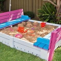 A wonderful #DIY project: a sandpit made out of pallets. Although we'd really have to watch where this goes...can you say spiders? Yuck!
